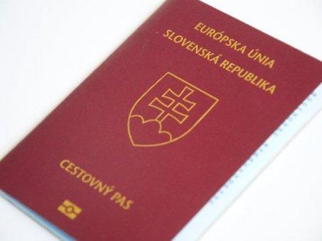 Cestovné doklady do zahraničia