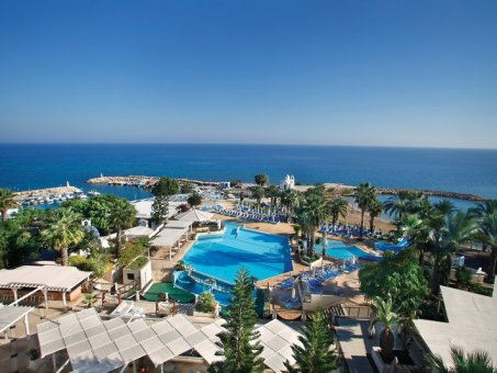 Golden Coast Beach 4*
